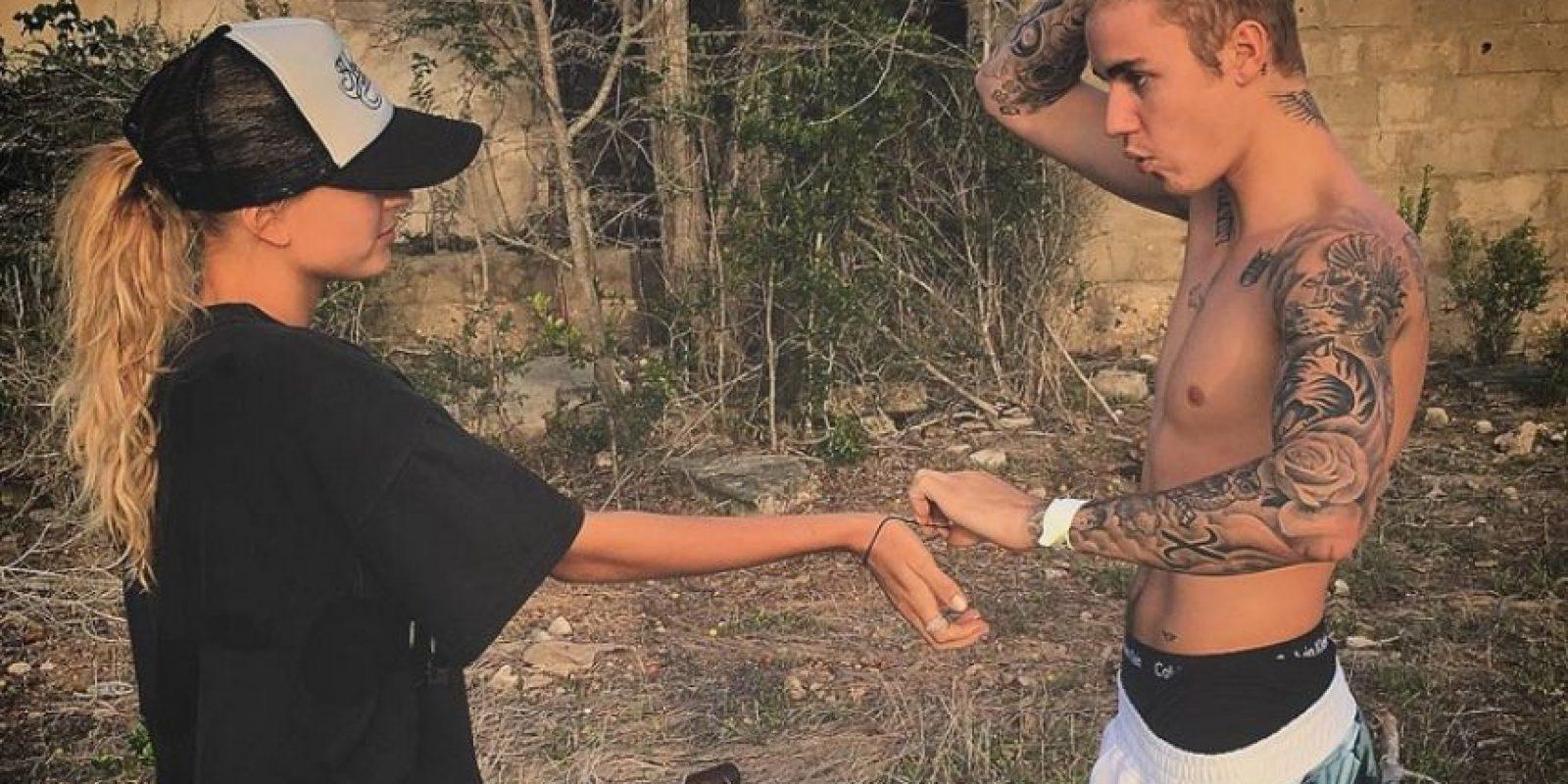 Estas son algunas fotos en compañía de Hailey que compartió Justin Bieber en su cuenta de Instagram Foto:Via Instagram/@JustinBieber