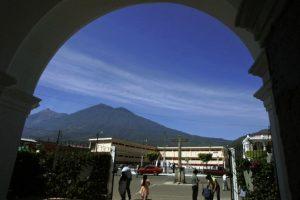 Vista del volcán de Fuego desde una región de Guatemala. Foto:AFP