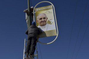 Esta es la primera vez que el líder religioso visita el país. Foto:AFP