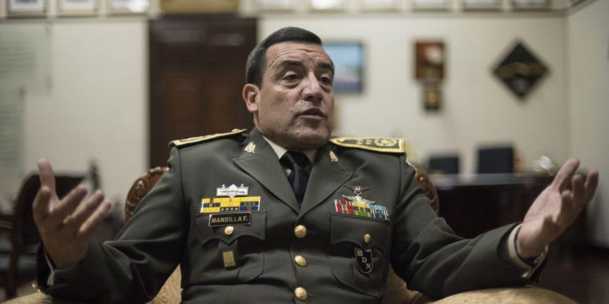 """Ministro de la Defensa Williams Mansilla: """"Que haya pasado tres gobiernos es por la lealtad al cargo no a una persona"""""""