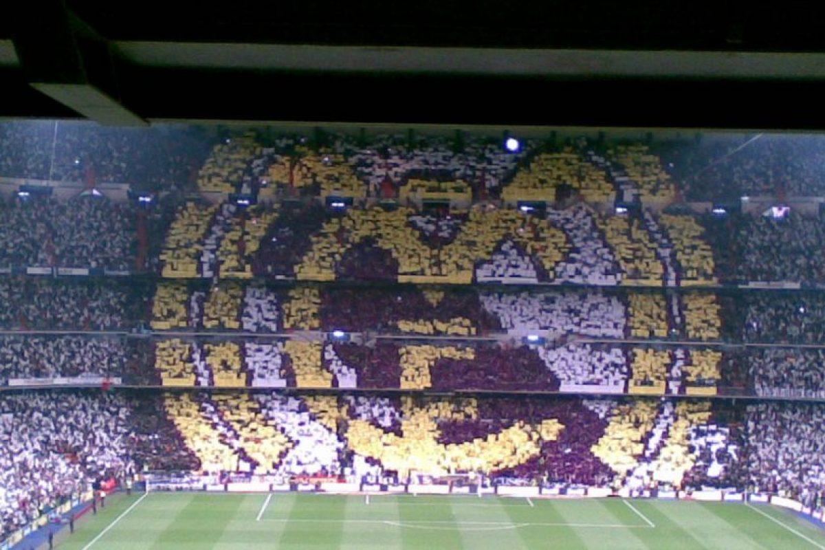 Miren algunos de los mejores mosaicos en las gradas de los estadios de fútbol Foto:Twitter