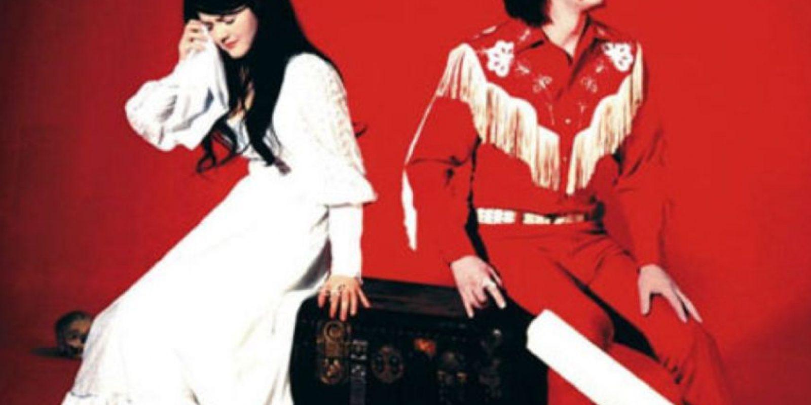 "Meg y Jack White afirmaron ser hermanos cuando comenzaban con ""The White Stripes"". Foto:vía Getty Images"