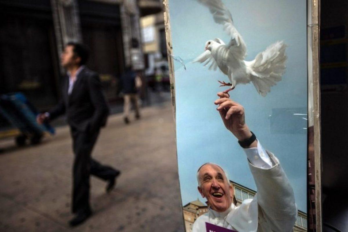 Cientos de feligreses están a la espera del Pontífice. Foto:AFP