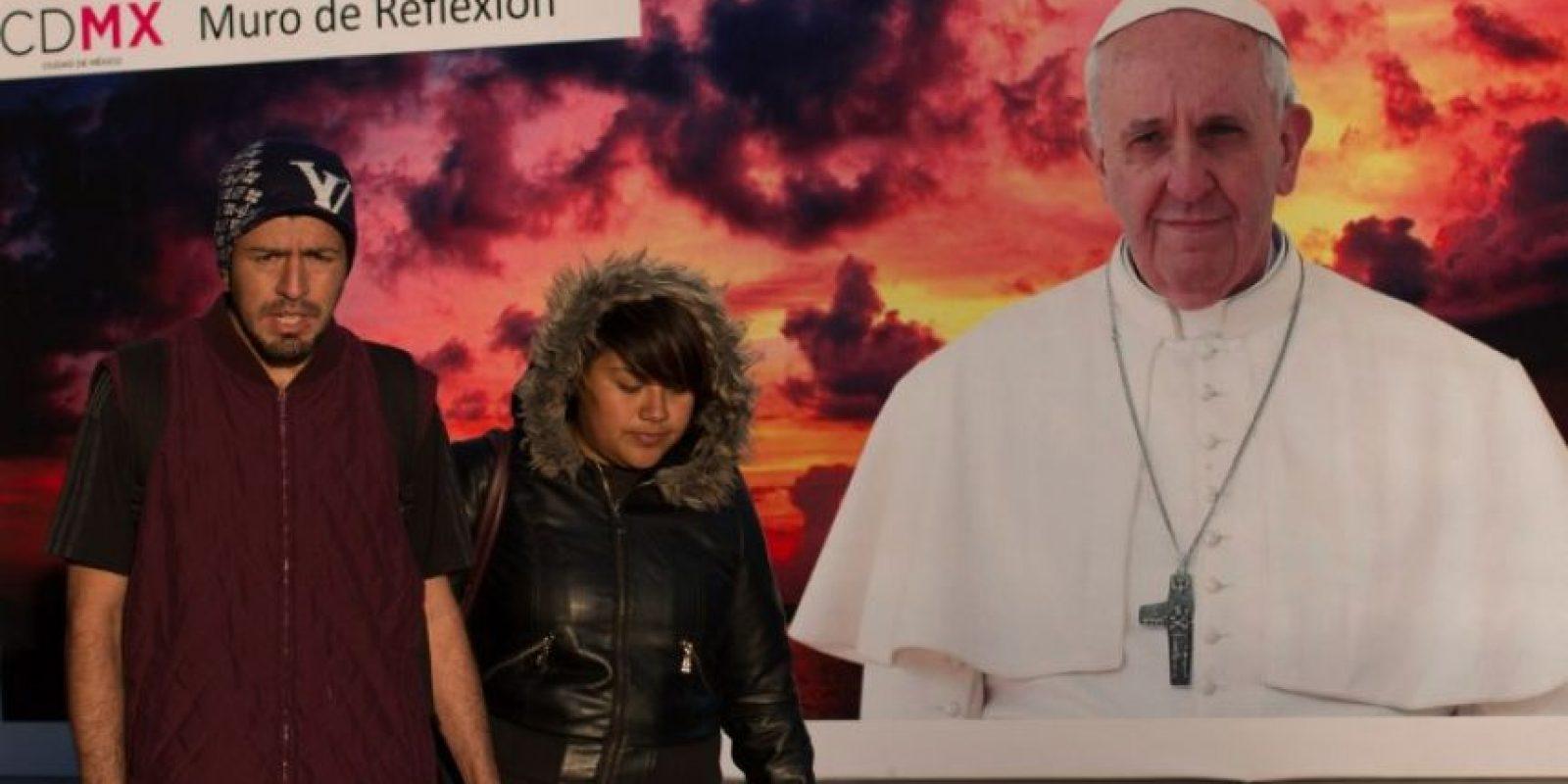 Mexicanos esperan la visita del papa Francisco, en febrero de 2016. Foto:AFP