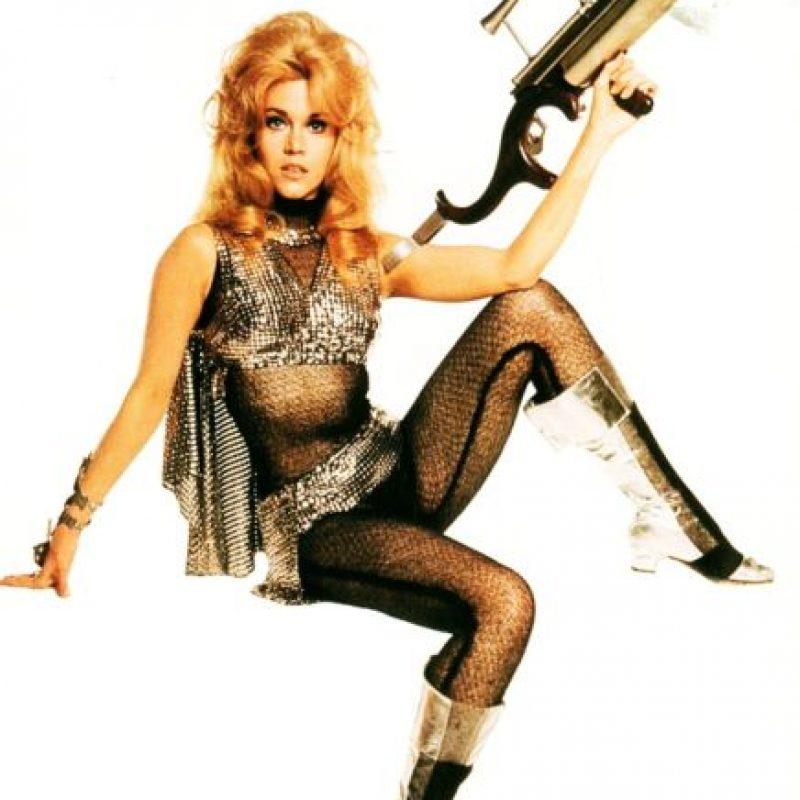 """Jane Fonda como """"Barbarella"""", sexy y futurista. Foto:vía Getty Images"""