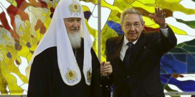 Reaparece Fidel Castro en reunión con líder de la iglesia ortodoxa