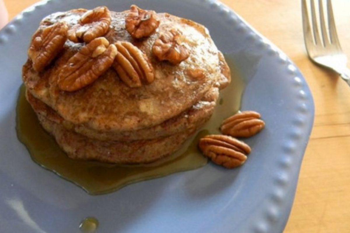 3. Hot cakes (panqués con jarabes artificiales): Mientras el jarabe de miel es natural, hay muchos tipos de jarabes artificiales en el mercado que están llenos de jarabe de maíz altos en fructosa. Foto:Getty Images