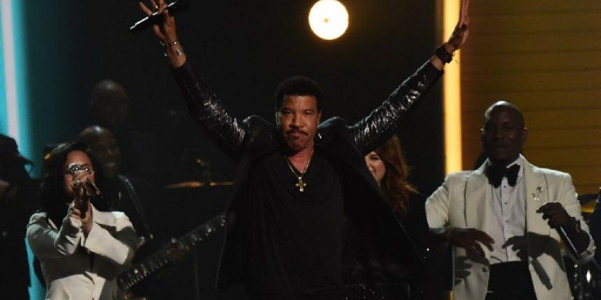 Lineup de artistas y canciones intepretadas en los Premios Grammy 2016