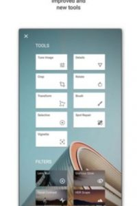 Perfeccionen sus fotos al instante con esta app que le da a su dispositivo la potencia y el control con software de edición profesional. Pueden hacer retoques, ajustar la perspectiva, reeditar el contenido y mucho más. Foto:Google, Inc.