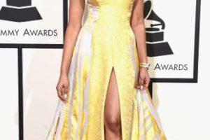 Vanessa Simmons, con la nueva tendencia en sombrillas para 2016. Foto:vía Getty Images