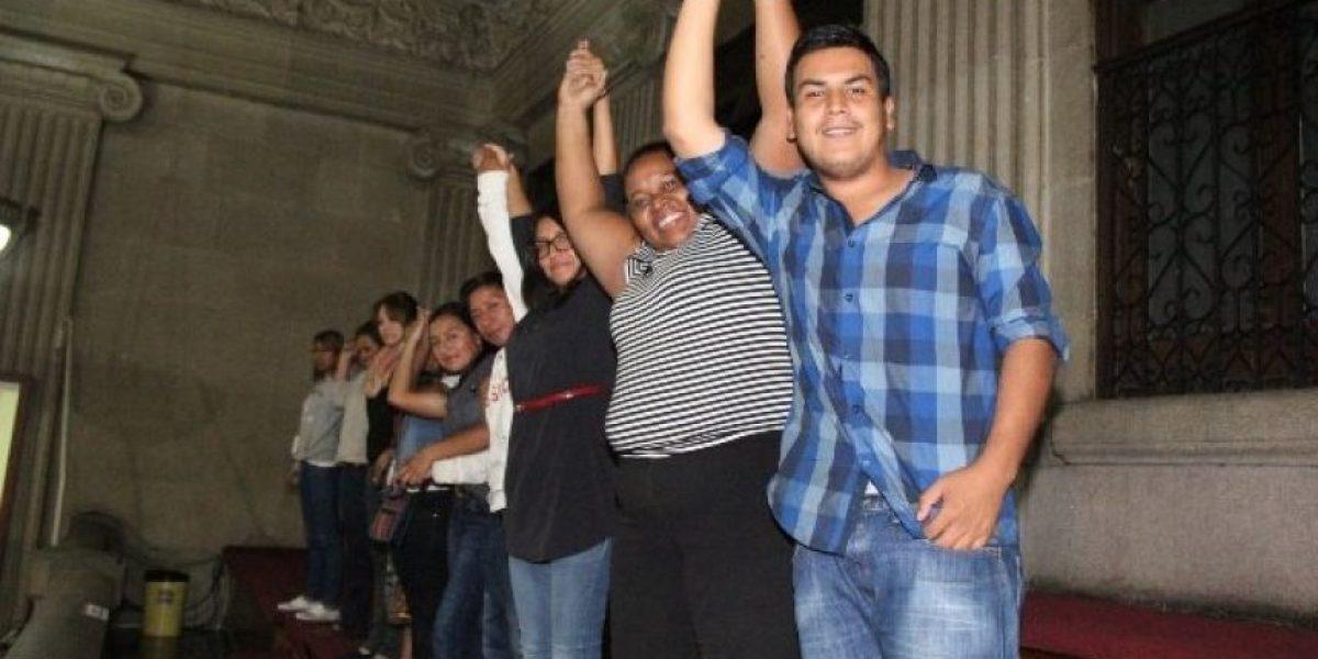 """Carrillo: """"Hay acuerdos para evitar que ley de la juventud se regrese a comisión"""""""