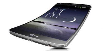 Su pantalla curva es OLED de 5.5 megapíxeles. Foto:LG
