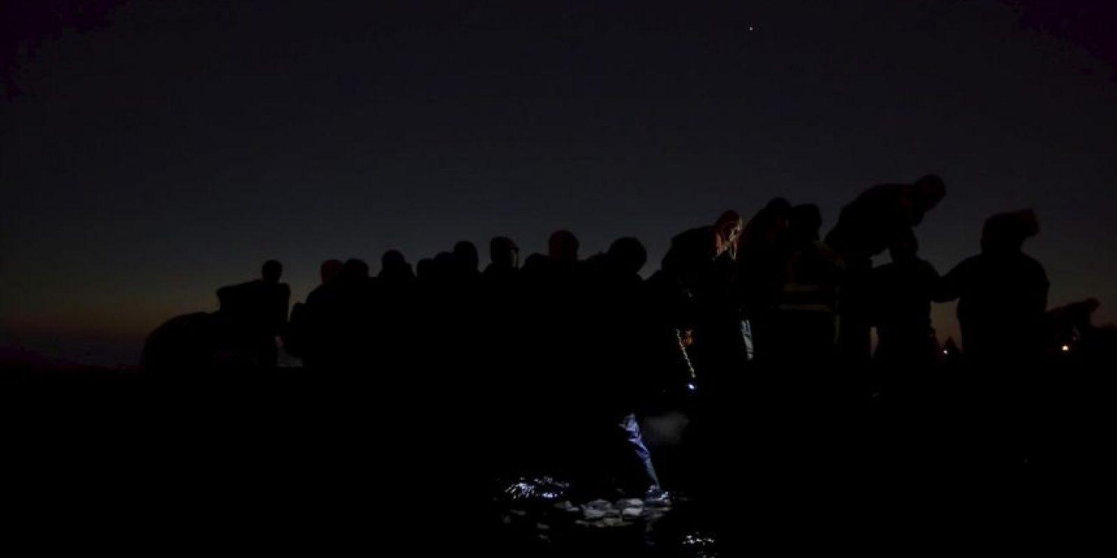 Paul Hansen. Refugiados viajan en la oscuridad para evitar ser deportados. Foto:worldpressphoto.org