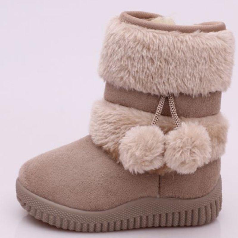 Estas botas que incluso en países tropicales se llevaban como sin nada. Foto:vía Ebay