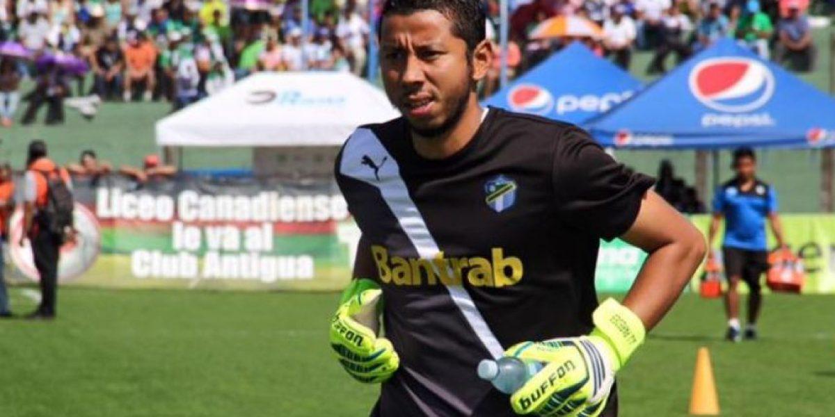 ¿Juan José Paredes jugará ante la Antigua GFC?