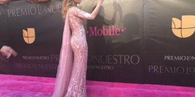 """El vestido de Ariadna Gutiérrez está divino para algo más interesante, como unos Oscar. Pero es """"too much"""", con su dramatismo. Parece Daenerys Targaryen, pero en Miami. Foto:vía Twitter"""