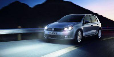 ¿Tienes luces led en tu automóvil? Hay una iniciativa de ley que te podría multar