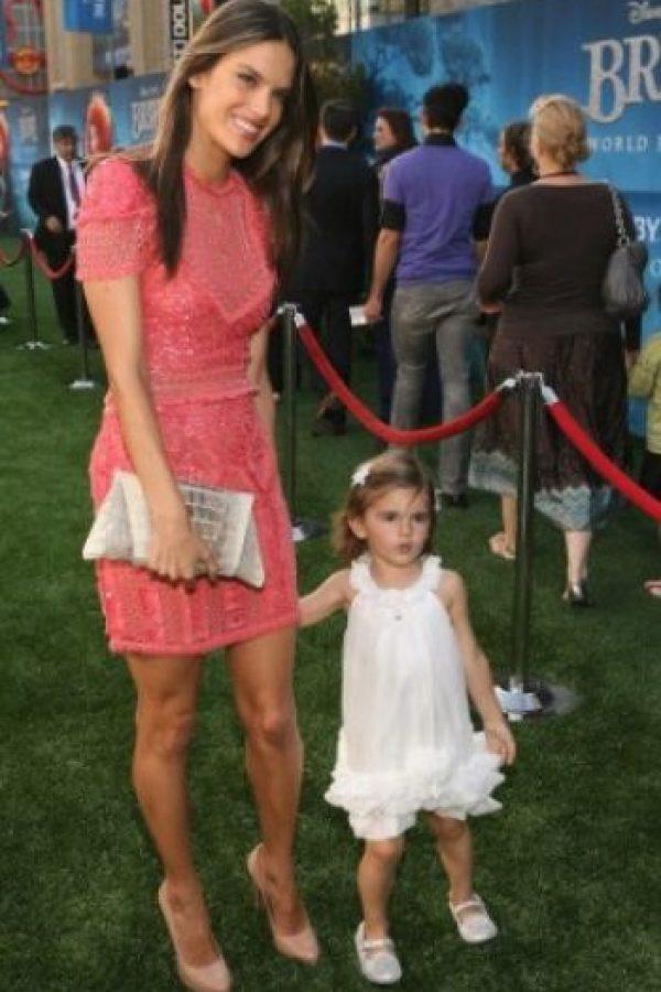 Alessandra Ambrosio y Anja Foto:Getty Image