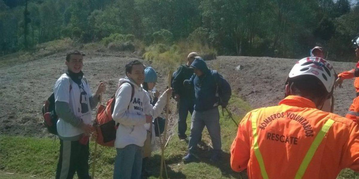Bomberos localizan a los turistas extraviados en volcán Santa María