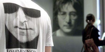 Subastan mechón del cabello de John Lennon en $35.000 dólares