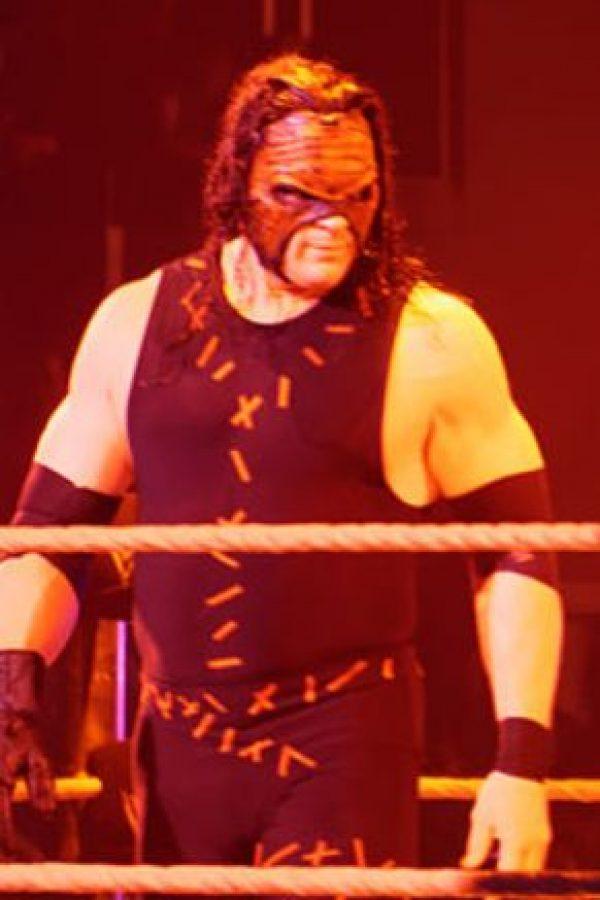 ¿Qué les parecería una pelea de despido contra Kane? Foto:WWE