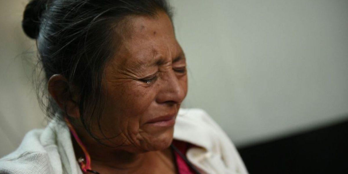 Madre de condenado a prisión se desmaya tras escuchar sentencia