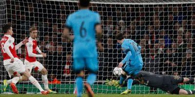 Rompió una racha de seis partidos sin marcar a Petr Cech Foto:AFP