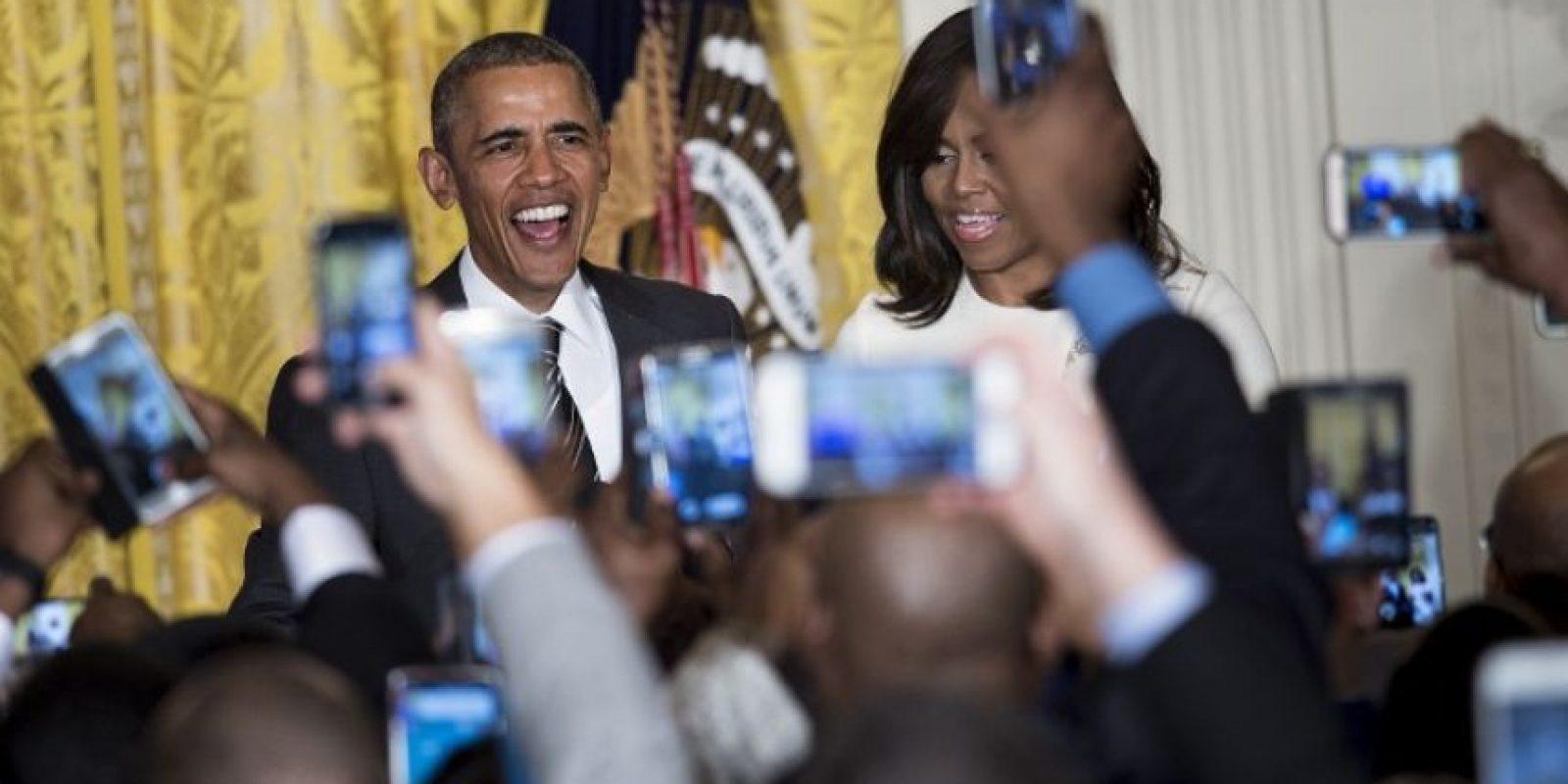El presidente Barack Obama es fotografiado por la prensa. Foto:AFP