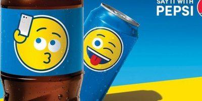 Las latas de Pepsi también tendrán diferentes diseños con emojis. Foto:Twitter