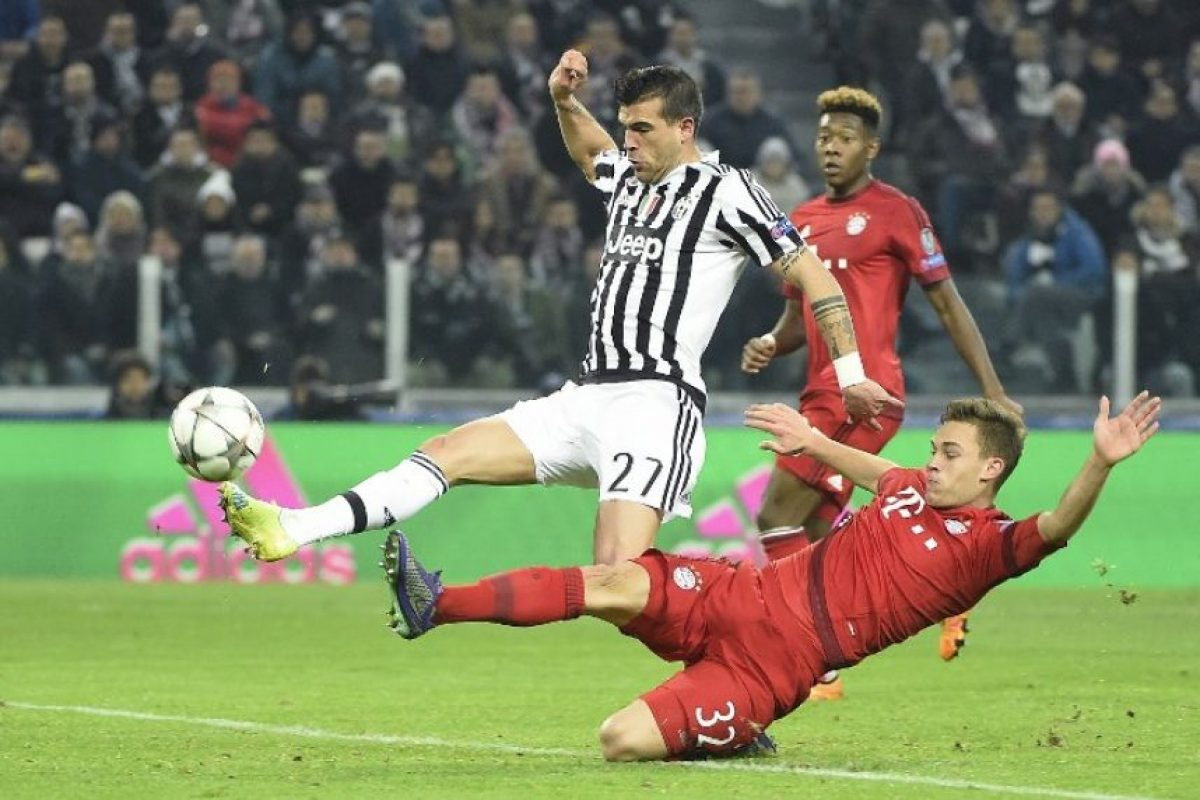 Stefano Sturaro anota un gol contra el Bayern Múnich en la Champions League. Foto:AFP