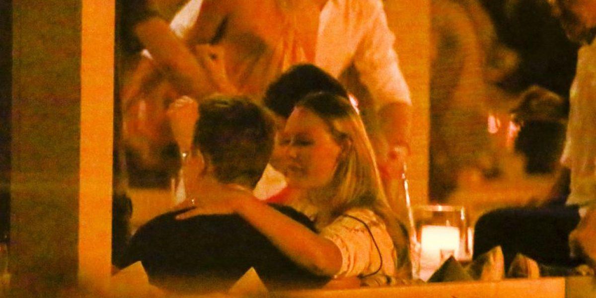 Captan a Bono muy cariñoso con una mujer que no era su esposa