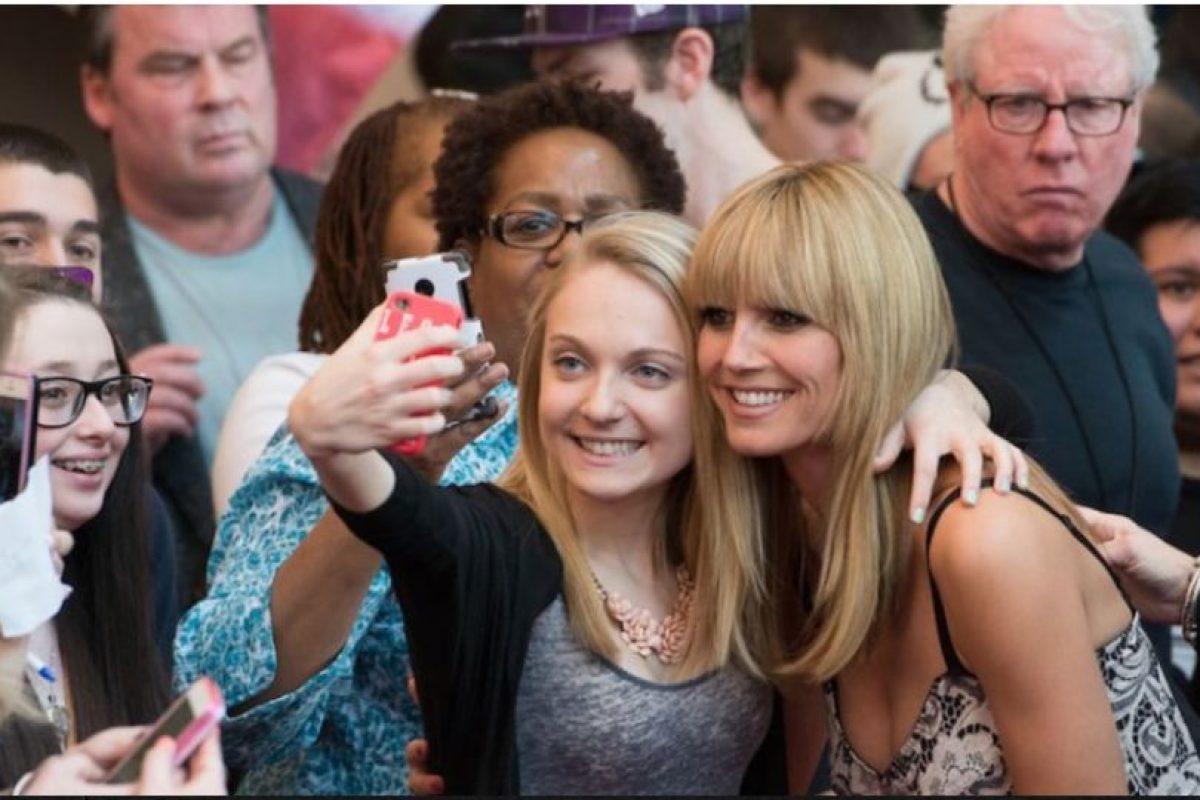 Un estudio realizado por investigadores de la Universidad de Strathclyde, en Reino Unido, asociados con expertos estadounidenses, reveló que pasar demasiado tiempo en Facebook puede hacer mella en la autoestima de las mujeres jóvenes. Foto:Getty Images