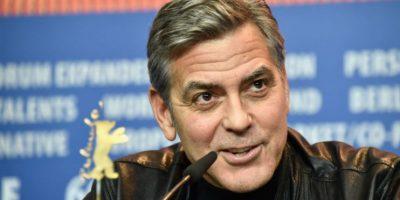 """George Clooney. Se comprometió a ayudarla en su campaña presidencial de la mejor manera en que él pueda. Las declaraciones las hizo durante una entrevista con Jorge Ramos, donde agregó: """"Sería muy feliz si ella fuera presidente"""". Foto:Getty Images"""