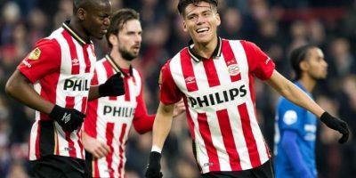 Jugadores del PSV Eindhoven celebran un gol en la liga holandesa. Foto:AFP