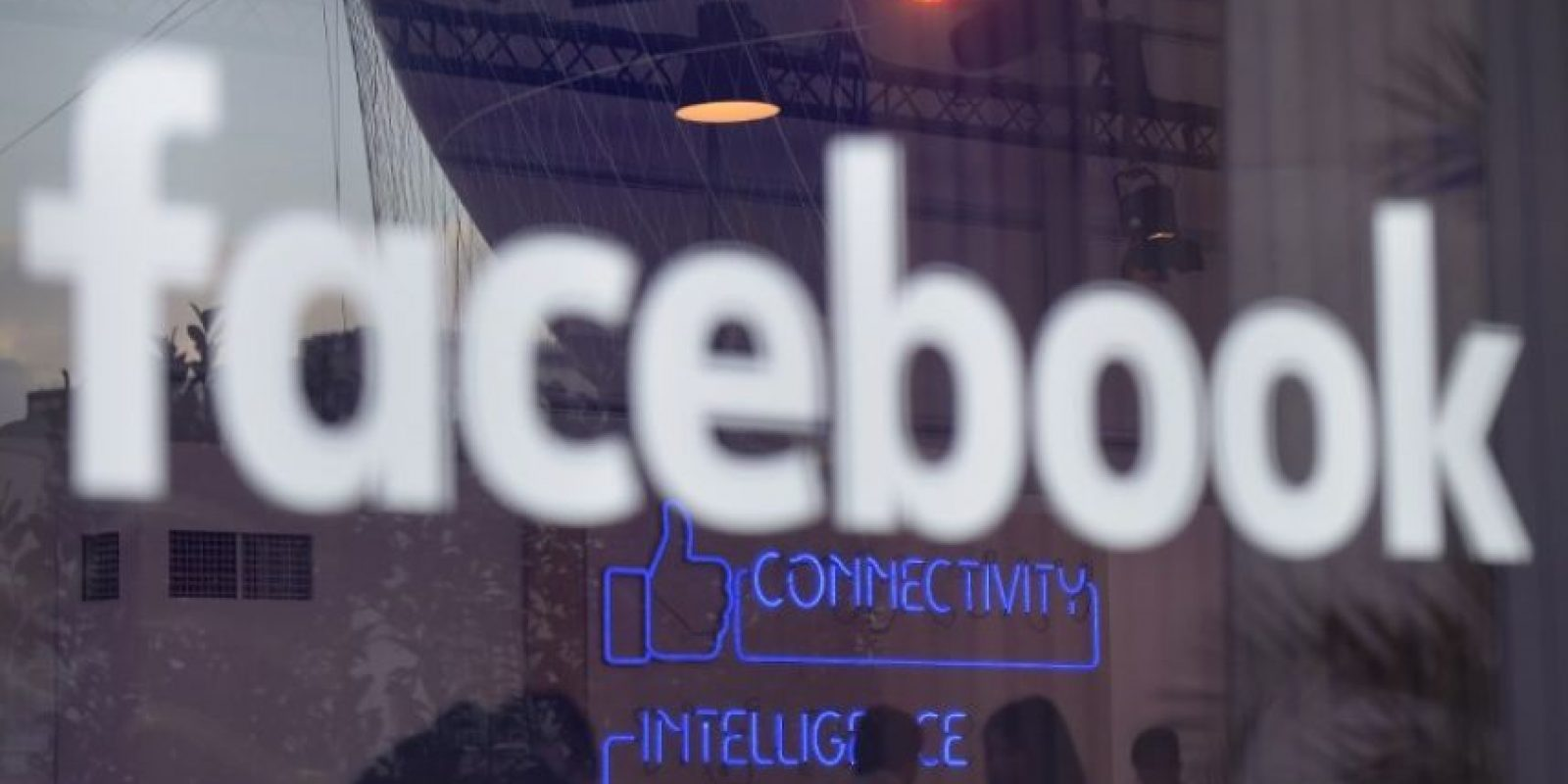 El logo de Facebook en una conferencia en Berlín, Alemania. Foto:AFP