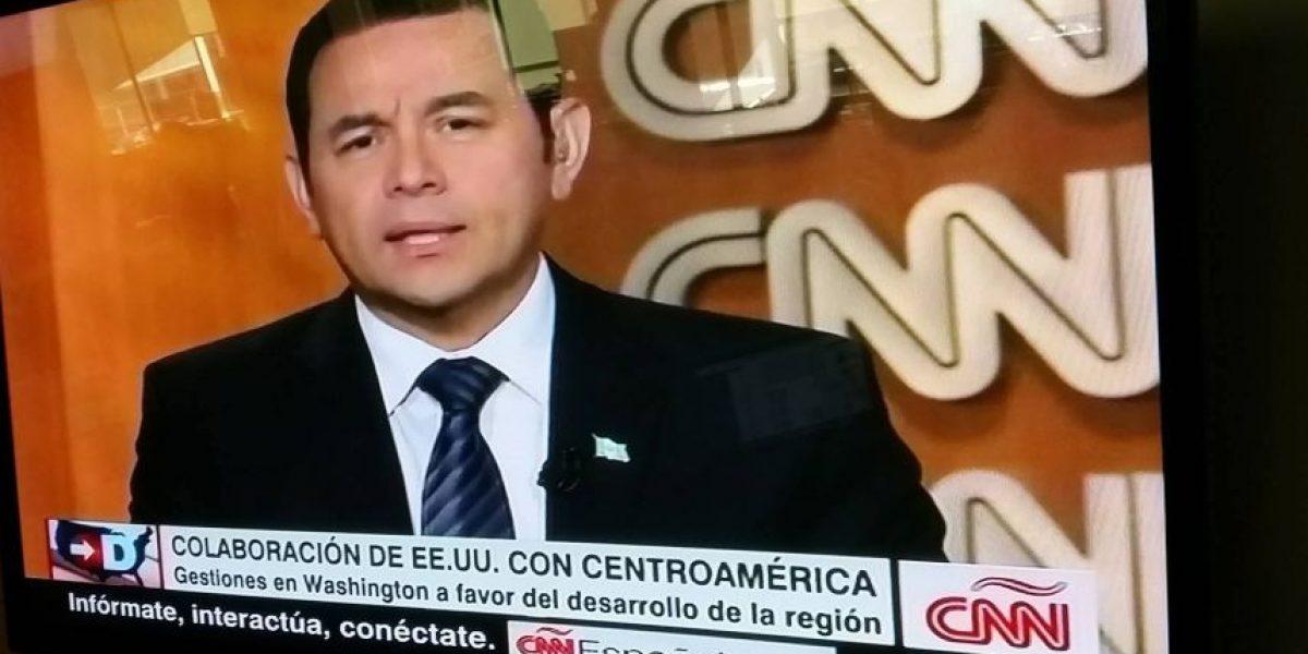 Entrevista de Jimmy Morales en CNN en español, hoy 25 de febrero de 2016