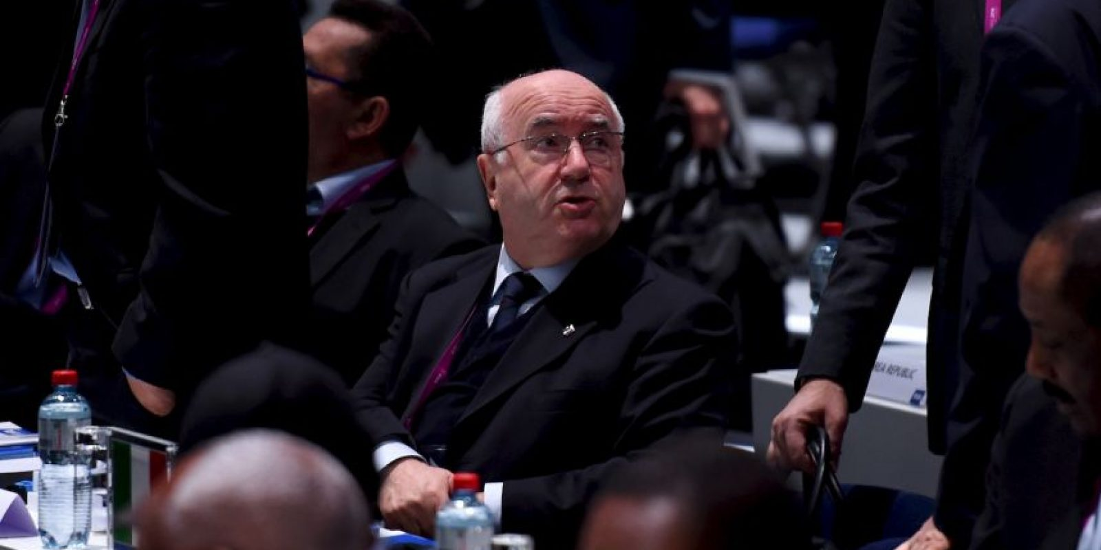 """""""Deseo que el nuevo presidente haga un buen trabajo, que conduzca a la FIFA a una nueva era"""", Carlo Tavecchio, presidente de la Federación italiana Foto:Getty Images"""