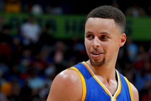 Stephen Curry es el MVP de la temporada pasada de la NBA Foto:Getty Images