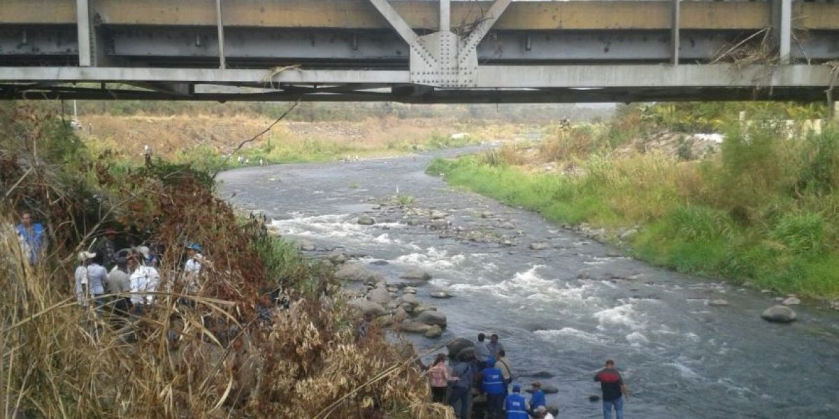 PDH verifica liberación del cauce de río Madre Vieja en Escuintla