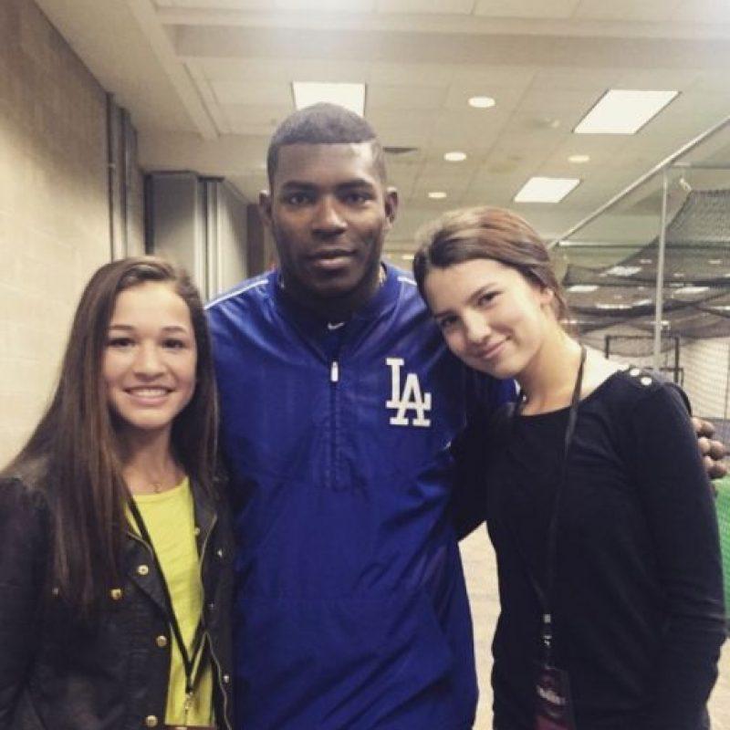 Con el beisbolista Yasiel Puig Foto:Vía Instagram/@maya_henry