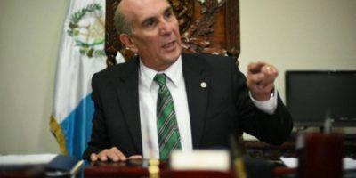 ¿Cuánto gastó Mario Taracena en viáticos durante su viaje a México?