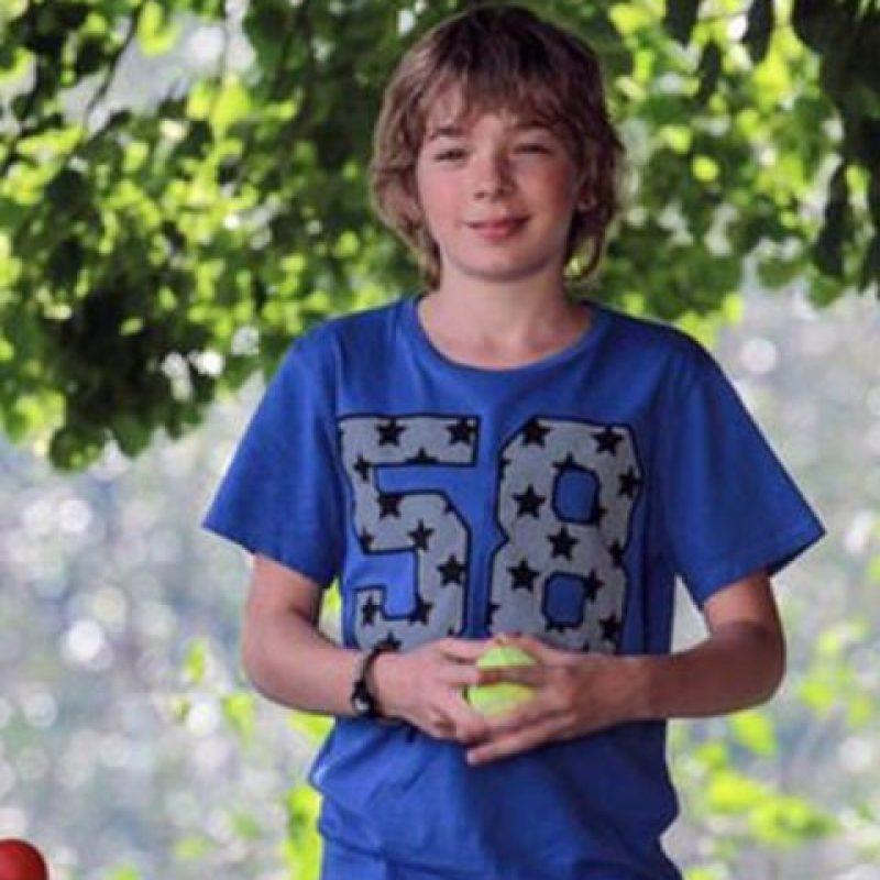 Sucedió en Rusia, donde Ruslan Schedrin, de 16 años, fue el visitante número 100 mil de un sitio web especializado en venta de armas para juegos de video. Foto:vía Lifesens