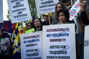 De aquellos que son explotados por individuos o empresas, 4.5 millones son víctimas de explotación sexual. Foto:Getty Images