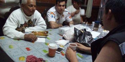 Alcalde de Mixco acompaña a Bomberos Voluntarios en servicio