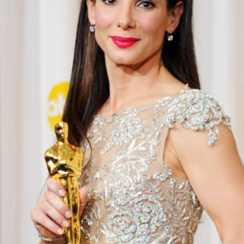 Sandra Bullock tuvo que enterarse de los cuernos de su marido días después de ganar el Oscar. Foto:vía Getty Images