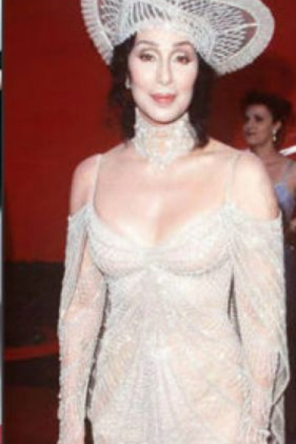 Este esperpento blanco de Cher. Foto: vía Getty Images