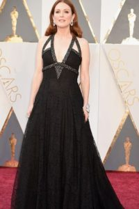 Julianne Moore, menos glamurosa que en años anteriores, pero muy suya. Foto:vía Getty Images