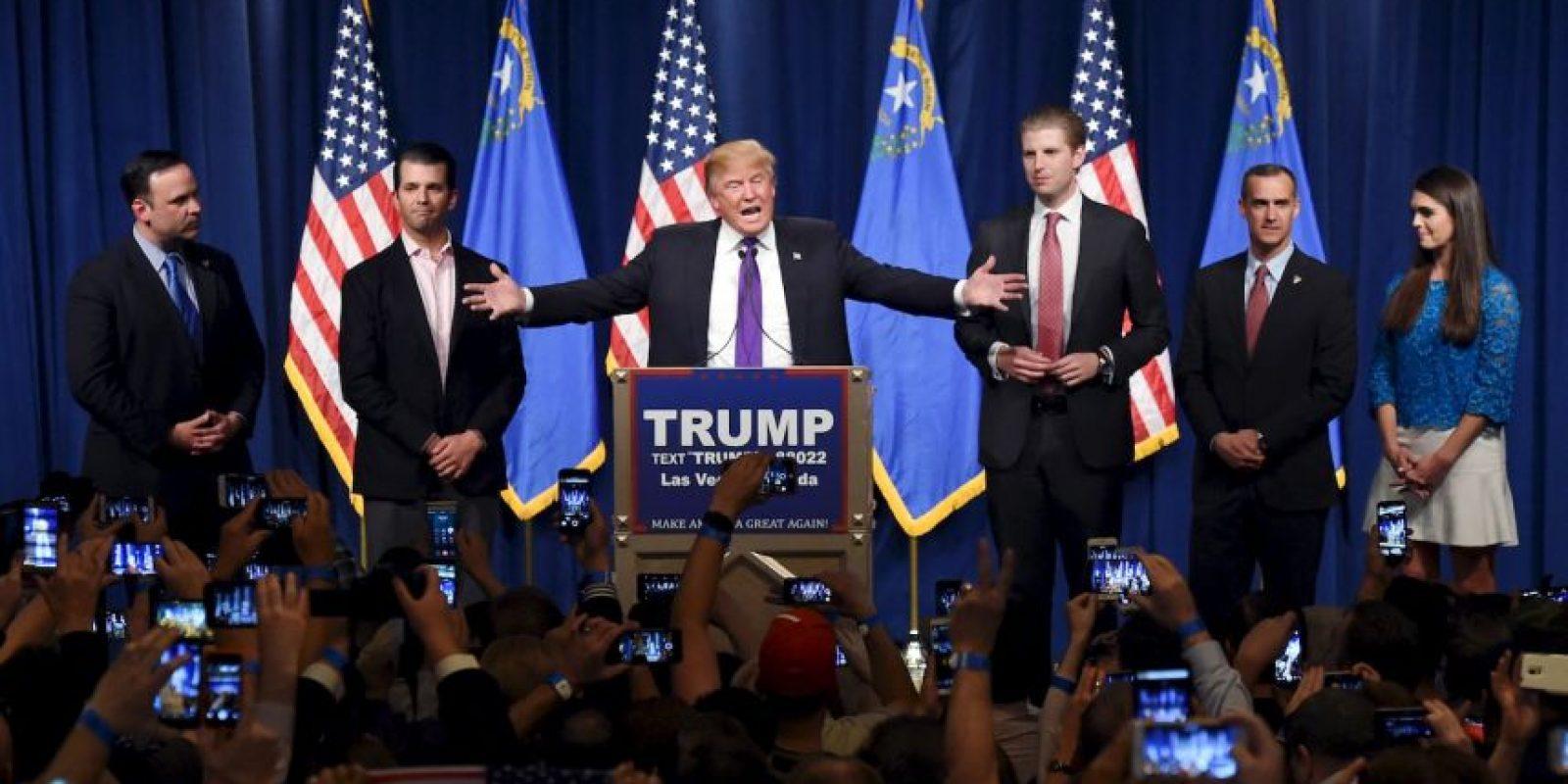 Donald Trump. Comenzó las primarias con una derrota en Iowa, pero desde entonces ganó y su candidatura se toma en serio. Foto:AFP