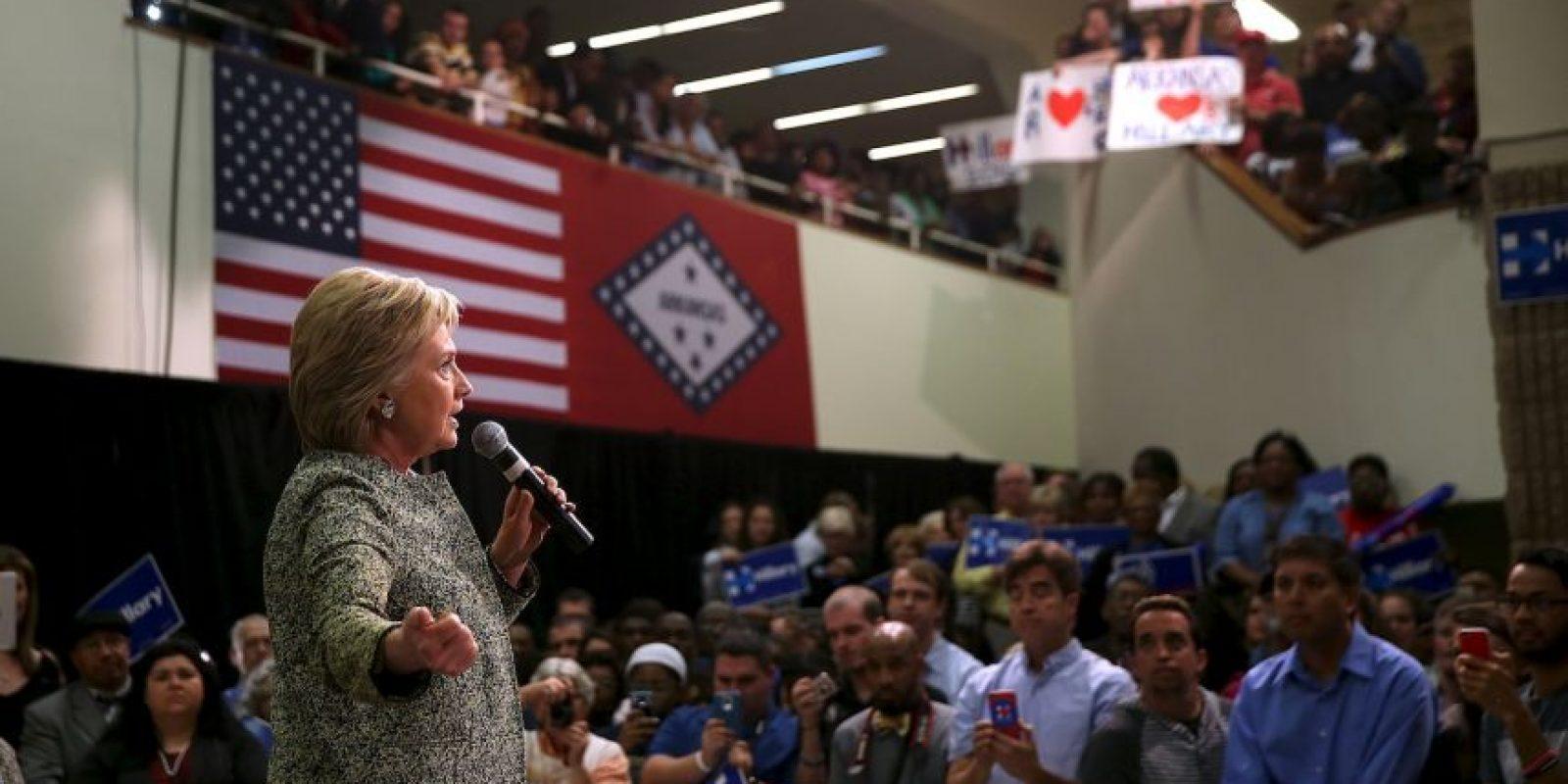 Hasta el momento su único y principal rival en el partido es Bernie Sanders Foto:AFP