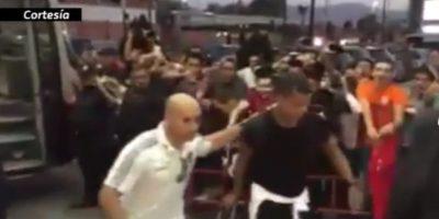 Aficionados le gritan borracho a Giovani dos Santos